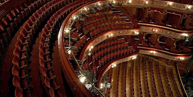 theatre-packages-photo-1569